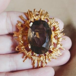 Vintage Gold Toned Purple Stone Broche Pin